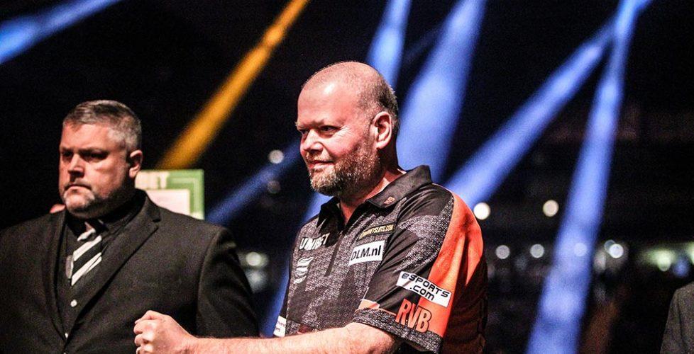 DARTS-legend-Raymond-van-Barneveld-_Oche-180_Credit-Taylor-Lanning